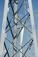 DEUTSCHLAND Bau einer neuen Gitterstahlmastkonstruktion durch Butzkies Stahlbau GmbH fuer eine Vensys Windkraftanlage in Steinburg bei Glueckstadt | .GERMANY new innovative construction of a steel lattice tower for Vensys wind turbine