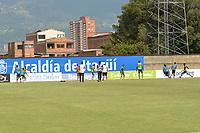 ITAGÜI -COLOMBIA, 19-09-2020: Protocolos de bioseguridad previo al partido entre Leones F.C. y Valledupar por la fecha 8 de la Liga BetPlay DIMAYOR I 2020 jugado en el estadio Metropolitano de Itagüi. / Biosafety protocols prior a match between Leones F.C. and Valledupar F.C., for the 8th date as part of BetPlay DIMAYOR League I 2020 played at the Metropolitano de Itagüi in Itagüi city.  Photo: VizzorImage / Luis Benavides / Cont