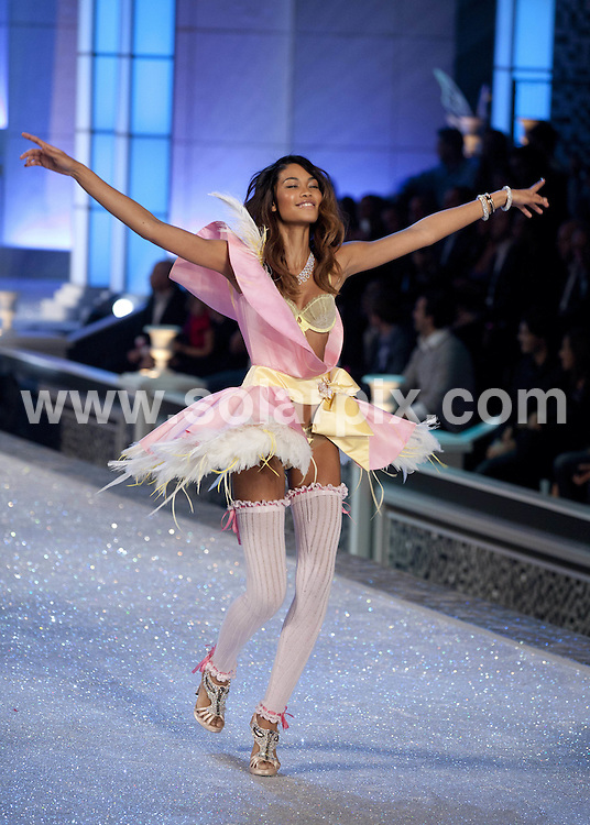 **ALL ROUND PICTURES FROM SOLARPIX.COM**                                             **SYNDICATION RIGHTS FOR UK, AUSTRALIA, DENMARK, PORTUGAL, S. AFRICA, SPAIN & DUBAI (U.A.E) & ASIA (EXCLUDING JAPAN) ONLY**                                                                                  Caption: 2011 Victoria's Secret Fashion Show  Runway and Performance at Lexington Avenue Armory in New York City, NY, USA                                                                               This pic:  Chanel Iman                                                                                            JOB REF:14174        PHZ/Mayer       DATE:09.11.2011                                                            **MUST CREDIT SOLARPIX.COM OR DOUBLE FEE WILL BE CHARGED**                                                                      **MUST AGREE FEE BEFORE ONLINE USAGE**                               **CALL US ON: +34 952 811 768 or LOW RATE FROM UK 0844 617 7637**
