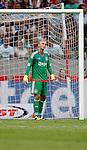 Nederland, Amsterdam, 17 juli 2015<br /> Oefenwedstrijd<br /> Ajax-VFL Wolfsburg (1-1)<br /> Jasper Cillessen, doelman (keeper) van Ajax baalt van een tegendoelpunt