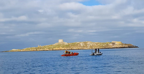 Dun Laoghaire RNLI's inshore Lifeboat assisting a broken down RIB in Dalkey Sound