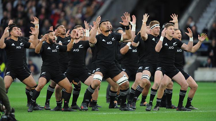 All Blacks perform the Haka during the 125th Anniversary Match between Barbarians and New Zealand at Twickenham Stadium on Saturday 4th November 2017 (Photo by Rob Munro/Stewart Communications)