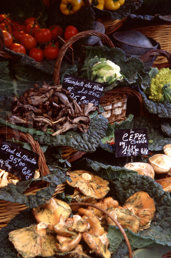 Detail of vegetables at village market, Aix-en-Provence, France