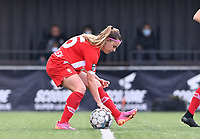Davinia Vanmechelen (25) of Standard pictured bringing back the ball to the middle after scoring a goal during a female soccer game between Club Brugge Dames YLA and Standard Femine de Liege on the seventh matchday in Play-Off 1 of the 2020 - 2021 season of Belgian Scooore Womens Super League , saturday 15 May 2021  in Brugge , Belgium . PHOTO SPORTPIX.BE | SPP | DAVID CATRY