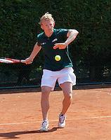 090511-Sportpromotion Tennisday soccerplayers