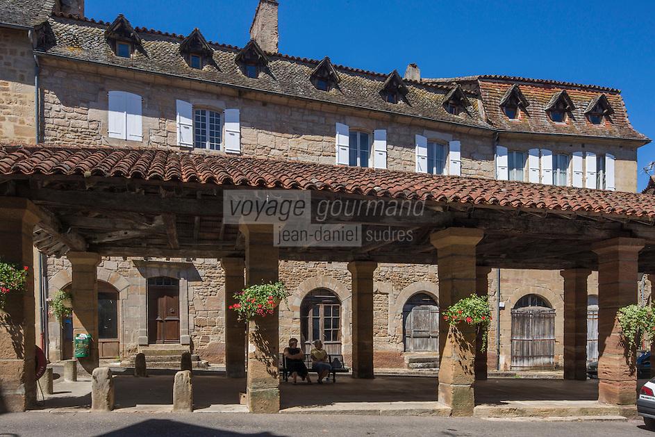 France, Lot, (46), Lacapelle-Marival: La halle du XVe siècle.  // France, Lot, Lacapelle-Marival:  the market hall of the fifteenth century.
