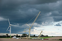 "Europa Deutschland DEU Mecklenburg Vorpommern, Aufbau von Enercon Windkraftanlagen mit Spezialkran  bei Lutheran in Naehe von Luebz -  Windenergie | .Europe Germany GER Enercon Windturbine in field, wind energy .| [ copyright (c) Joerg Boethling / agenda , Veroeffentlichung nur gegen Honorar und Belegexemplar an / publication only with royalties and copy to:  agenda PG   Rothestr. 66   Germany D-22765 Hamburg   ph. ++49 40 391 907 14   e-mail: boethling@agenda-fototext.de   www.agenda-fototext.de   Bank: Hamburger Sparkasse  BLZ 200 505 50  Kto. 1281 120 178   IBAN: DE96 2005 0550 1281 1201 78   BIC: ""HASPDEHH"" ,  WEITERE MOTIVE ZU DIESEM THEMA SIND VORHANDEN!! MORE PICTURES ON THIS SUBJECT AVAILABLE!! ] [#0,26,121#]"