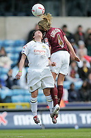 Arsenal vs Leeds United - Womens FA Cup Final at Millwall Football Club - 01/05/06 - Arsenal's Faye White (right) dominates in the air - (Gavin Ellis 2006)