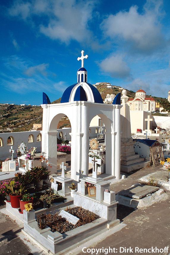 Friedhof in  Exo Gonia, Insel Santorin (Santorini), Griechenland, Europa