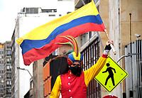 BOGOTÁ- COLOMBIA, 20-07-2021:Conmemoración del día de la independencia de Colombia con marcha pacífica en el centro de la capital. / Commemoration of the independence day in Colombia with a peaceful march in the streets of the center of the capital.Photo: VizzorImage / Felipe Caicedo / Staff