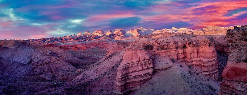 Sunrise at The Hartnet South Desert Waterpocket Fold. Capitol Reef National Park, Utah