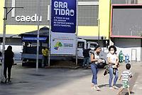Campinas (SP), 03/07/2020 - Comercio - A regiao de Campinas regrediu nesta sexta-feira (3) a fase vermelha do Plano Sao Paulo de flexibilizacao da quarentena de combate ao coronavirus, com restricoes e com apenas o funcionamento das atividades essenciais por pelo menos mais uma semana. Movimentacao no calcadao da 13 de Maio, no centro da cidade de Campinas (SP), nesta sexta-feira (3). (Foto: Denny Cesare/Codigo 19/Codigo 19)
