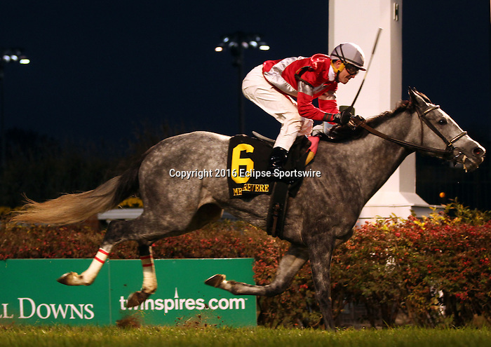LOUISVILLE, KY -NOV 25: Linda (Brian J. Hernandez Jr.) wins the 26th running of the G2 Mrs. Revere Stakes at Churchill Downs, Louisville, Kentucky. Owner Whitham Thoroughbreds LLC (Janis R. Whitham), trainer Ian R. Wilkes. Scat Daddy x Beautiful Noise, by Sunny's Halo.(Photo by Mary M. Meek/Eclipse Sportswire/Getty Images)