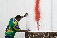 16.04.2018 - Limpeza da pichação no Pateo do Collegio em SP