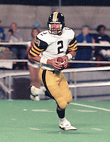 Mike Kerrigan HamiltonTiger Cats 1986. Copyright photograph Scott Grant