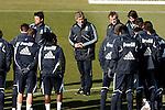 Madrid (24/02/10).-Entrenamiento del Real Madrid..Mahamadou Diarra...© Alex Cid-Fuentes/ ALFAQUI...Madrid (24/02/10).-Training session of Real Madrid c.f..Mahamadou Diarra...© Alex Cid-Fuentes/ ALFAQUI..