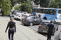 Campinas - SP, 17/03/2021 - Protesto - Motoristas de aplicativo realizam nesta quarta-feira (17) um protesto em Campinas (SP) para cobrar que o valor pago por corrida aos trabalhadores seja maior, alem de mais seguranca no oficio. A manifestacao comecou no bairro Santa Genebra e o destino final da carreata foi na sede de uma das empresas, a Uber, na Avenida Orozimbo Maia, no centro da cidade.<br /> O protesto faz parte de uma mobilizacao nacional por melhores condicoes de trabalho,. Foto: Denny Cesare/Codigo 19 (Foto: Denny Cesare/Codigo 19/Codigo 19)