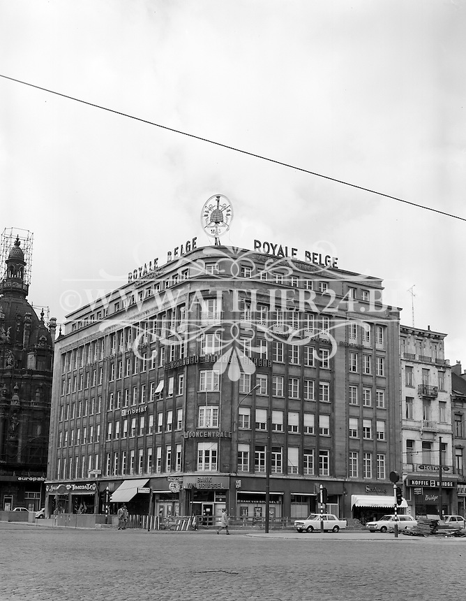 April 1975.  Antwerpen.