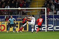 Kopfballchance fuer Luca Toni (Bayern)<br /> Eintracht Frankfurt vs. FC Bayern Muenchen, Commerzbank Arena<br /> *** Local Caption *** Foto ist honorarpflichtig! zzgl. gesetzl. MwSt. Auf Anfrage in hoeherer Qualitaet/Aufloesung. Belegexemplar an: Marc Schueler, Am Ziegelfalltor 4, 64625 Bensheim, Tel. +49 (0) 6251 86 96 134, www.gameday-mediaservices.de. Email: marc.schueler@gameday-mediaservices.de, Bankverbindung: Volksbank Bergstrasse, Kto.: 151297, BLZ: 50960101