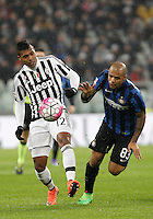 Calcio, Serie A: Juventus vs Inter. Torino, Juventus Stadium, 28 February 2016.<br /> Juventus' Alex Sandro, left, is challenged by Inter's Felipe Melo during the Italian Serie A football match between Juventus and Inter at Turin's Juventus Stadium, 28 February 2016.<br /> UPDATE IMAGES PRESS/Isabella Bonotto