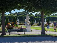 Großes Parterre, Großer Garten der barocken Herrenhäuser Gärten, Hannover, Niedersachsen, Deutschland, Europa<br /> Great Parterre, Great Garden of baroque Herrenhausen Gardens, Hanover, Lower Saxony, Germany, Europe
