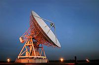 """- CNR (Consiglio Nazionale delle Ricerche) radiotelescopio """"Croce del Nord"""" a Medicina (Bologna), antenna parabolica; il telescopio fa parte del progetto internazionale SETI (Ricerca di Intelligenza Extraterrestre)<br /> <br /> - CNR (National Research Council), radio telescope """" Cross of the North """" at Medicina ( Bologna, Italy ), parabolic antenna; the telescope is part of the international project SETI (Search for Extraterrestrial Intelligence)"""