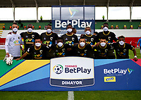 ZIPAQUIRA - COLOMBIA, 18-10-2020: Llaneros F. C., y Barranquilla F.C., durante partido por la fecha 13 del Torneo BetPlay DIMAYOR 2020 en el estadio Hector El Zipa Gonzalez de la ciudad de Zipaquira. / Llaneros F. C., y Barranquilla F.C., during a match for the 13th date of the BetPlay DIMAYOR 2020 Tournament at the Hector El Zipa Gonzalez stadium in Zipaquira city. / Photo: VizzorImage / Samuel Norato / Cont.
