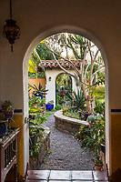 Garden gate doorway entry into San Diego garden room, im Bishop and Scott Borden garden