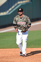 Arkansas Travelers third baseman Kaleb Cowart (21) during a game against the San Antonio Missions on May 25, 2014 at Dickey-Stephens Park in Little Rock, Arkansas.  Arkansas defeated San Antonio 3-1.  (Mike Janes/Four Seam Images)