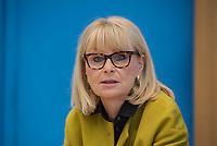 Fraktionsuebergreifend stellten am Montag den 6. Mai 2019 Bundestagsabgeordneten Annalena Baerbock, Bundesvorsitzende Buendnis 90 / Die Gruenen; Katja Kipping, Parteivorsitzende der Linkspartei; Christine Aschenberg-Dugnus, gesundheitspolitische Sprecherin der FDP-Bundestagsfraktion; Hilde Mattheis, SPD und Karin Maag, gesundheitspolitische Sprecherin der CDU/CSU-Bundestagsfraktion (im Bild) einen alternativen Gesetzentwurf zur Organspende vor. Im Gegensatz zum Organspendegesetz von Gesundheitsminister Jens Spahn, setzten die Abgeordneten auf Freiwilligkeit zur Organspende und nicht auf die automatische Zustimmung, wenn kein Widerspruch vorliegt.<br /> 6.5.2019, Berlin<br /> Copyright: Christian-Ditsch.de<br /> [Inhaltsveraendernde Manipulation des Fotos nur nach ausdruecklicher Genehmigung des Fotografen. Vereinbarungen ueber Abtretung von Persoenlichkeitsrechten/Model Release der abgebildeten Person/Personen liegen nicht vor. NO MODEL RELEASE! Nur fuer Redaktionelle Zwecke. Don't publish without copyright Christian-Ditsch.de, Veroeffentlichung nur mit Fotografennennung, sowie gegen Honorar, MwSt. und Beleg. Konto: I N G - D i B a, IBAN DE58500105175400192269, BIC INGDDEFFXXX, Kontakt: post@christian-ditsch.de<br /> Bei der Bearbeitung der Dateiinformationen darf die Urheberkennzeichnung in den EXIF- und  IPTC-Daten nicht entfernt werden, diese sind in digitalen Medien nach §95c UrhG rechtlich geschuetzt. Der Urhebervermerk wird gemaess §13 UrhG verlangt.]