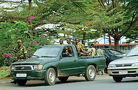 Burundi Bujumbura, civil war, conflict between Hutu and Tutsi, armed forces at Toyota pick-up / Burundi Bujumbura, bewaffnete Soldaten der Armee