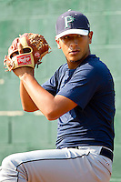 Pulaski Mariners pitcher Ernesto Zaragoza #35 throws a bullpen session at Bowen Field on July 1, 2012 in Bluefield, West Virginia.  (Brian Westerholt/Four Seam Images)