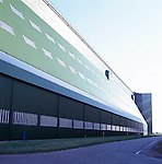 Kelsey roofing  -  Cardington Airship  hangers re-roofed and re-clad.