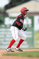 Batavia Muckdogs second baseman Rony Cabrera (40) leads off second during a game against the Auburn Doubledays on August 31, 2014 at Dwyer Stadium in Batavia, New York.  Batavia defeated Auburn 7-6.  (Mike Janes/Four Seam Images)
