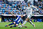 Gareth Bale (R) of Real Madrid competes for the ball with Victor Laguardia Cisneros of Deportivo Alaves during the La Liga 2017-18 match between Real Madrid and Deportivo Alaves at Santiago Bernabeu Stadium on February 24 2018 in Madrid, Spain. Photo by Diego Souto / Power Sport Images