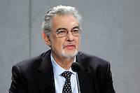 "Il tenore spagnolo Placido Domingo durante la conferenza stampa per presentare il suo cofanetto cd ""Amore Infinito - Canzoni ispirate alle poesie di Giovanni Paolo II - Karol Wojtyla"" nella Sala Stampa Vaticana, 28 novembre 2008..Spanish tenor Placido Domingo attends a press conference to present his cd collection titled ""Amore Infinito - Canzoni ispirate alle poesie di Giovanni Paolo II - Karol Wojtyla"" (Infinte Love - Songs inspired by the poems of John Paul II - Karol Wojtyla) during a press conference at the Vatican, 28 November 2012..UPDATE IMAGES PRESS/Riccardo De Luca"
