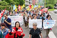 """Sciopero della scuola contro il disegno di legge """"La buona scuola"""" promosso dai sindacati. Milano, 5 maggio, 2015.    <br /> School strike against the draft law """"The good school"""" promoted by the unions. Milan, May 5, 2015."""
