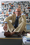 Milano, Vittorio Agnoletto nel suo studio, Vittorio Agnoletto  in his office