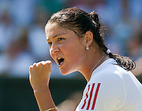 30-6-09, England, London, Wimbledon,    Dinara Safina trough to the quarterfinals