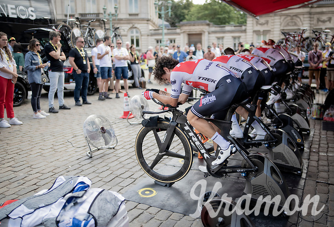 Team Trek-Segafredo warming up for the TTT<br /> <br /> Stage 2 (TTT): Brussels to Brussels(BEL/28km) <br /> 106th Tour de France 2019 (2.UWT)<br /> <br /> ©kramon