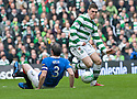 :: CELTIC'S GARY HOOPER LEAVES RANGERS' DAVID WEIR ON HIS BUM ::