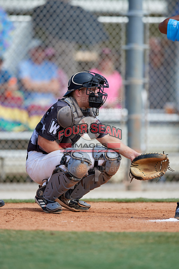 Matt Wood during the WWBA World Championship at the Roger Dean Complex on October 19, 2018 in Jupiter, Florida.  Matt Wood is a catcher from Gibsonia, Pennsylvania who attends Pine-Richland High School and is committed to Penn State.  (Mike Janes/Four Seam Images)