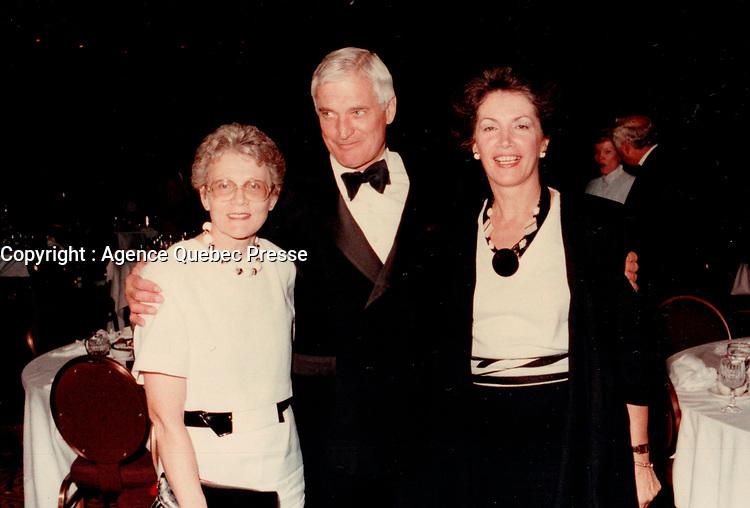 John Turner<br />  en 1985 a une soiree Parti Liberal du Canada<br /> <br /> <br /> Photo : Agence Quebec Presse