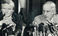 meeting between Ontario Premier William Davis, left, and Quebec Premier Rene Levesque<br /> <br /> PHOTO :  Jeff Goode - Toronto Star Archives - AQP