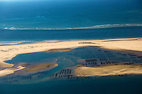 France, Gironde (33),Bassin d'Arcachon, Le banc d'Arguin ,  réserve naturelle - vue aérienne //  France, Gironde, Bassin d'Arcachon, The Banc d'Arguin, Arguin bank,an immense sandbank between Cap Ferret and the Great Dune of Pilat, aerial view