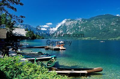Slovenia, Gorenjska, Slovenian Corinthia, Lake Bohinj (Bohinjsko jezero) at Triglav-National Park, boat rental