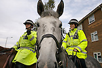 Pix: Shaun Flannery/shaunflanneryphotography.com<br /> <br /> COPYRIGHT PICTURE>>SHAUN FLANNERY>01302-570814>>07778315553>><br /> <br /> 16th October 2007................South Yorkshire Police mounted officers on patrol.