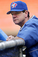 Toronto Blue Jays Manager Carlos Tosca before a 2002 MLB season game against the Los Angeles Dodgers at Dodger Stadium, in Los Angeles, California. (Larry Goren/Four Seam Images)