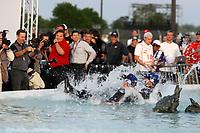 #01: Cadillac Chip Ganassi Racing Cadillac DPi , DPi: Renger van der Zande, Kevin Magnussen celebrate in the Scott fountain