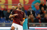 Calcio, Serie A:  Roma vs Palermo. Roma, stadio Olimpico, 21 febbraio 2016. <br /> Roma's Maicon reacts during the Italian Serie A football match between Roma and Palermo at Rome's Olympic stadium, 21 February 2016.<br /> UPDATE IMAGES PRESS/Riccardo De Luca